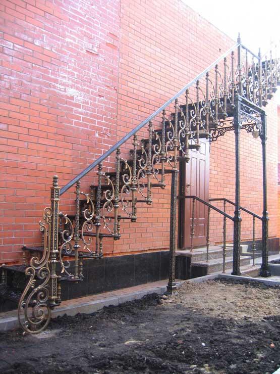 лестницы из металла 2