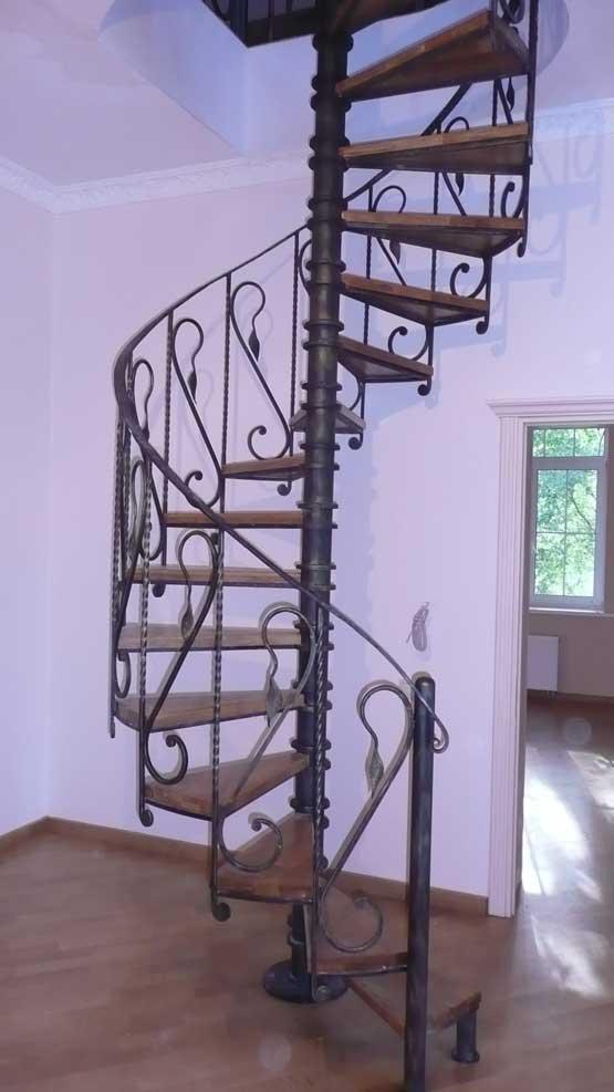 Кованые винтовые лестницы 6