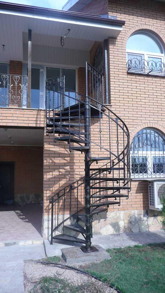 Кованые винтовые лестницы 5